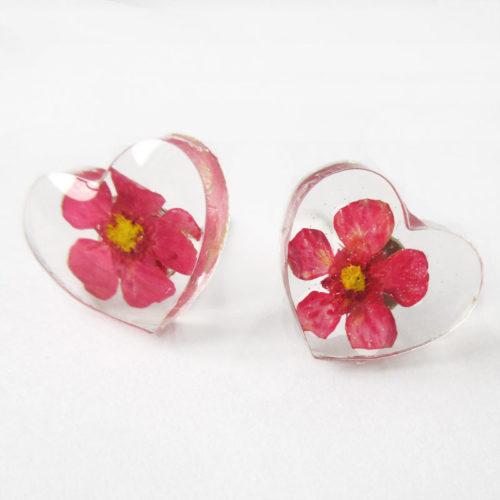 boucles_oreilles_cœur_rose bijou nature résine d'inclusion fleurs séchées