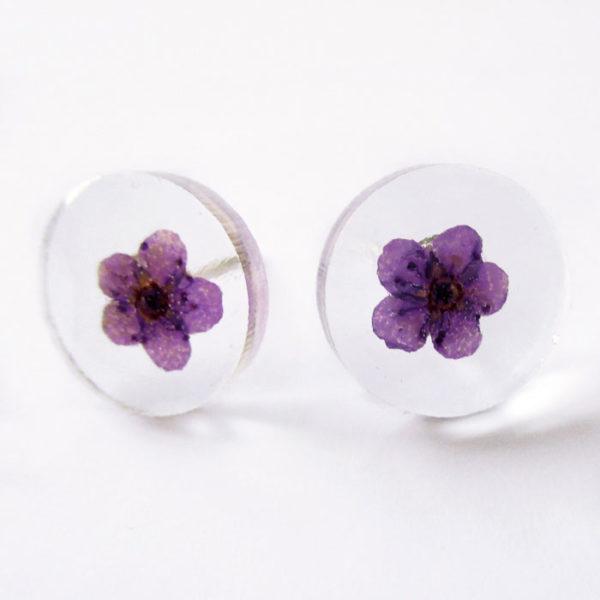 Boucles d'oreilles rond prune violet bijoux nature violette résine inclusion lanaflore bijoux végétal fleurs naturelles cadeau femme original