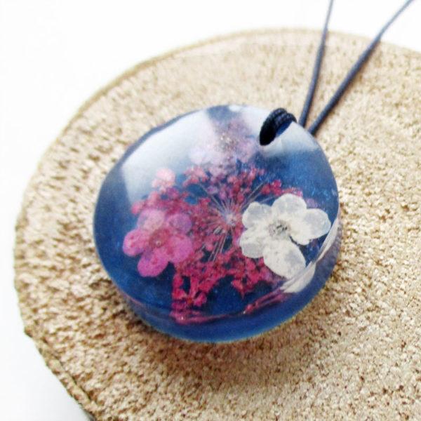 pendentif ivana bijou résine et fleurs collier floral bijou femme cadeau nature