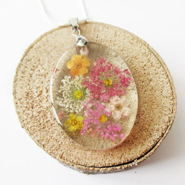 pendentif julia bijou fleur collier nature cadeau fleurs femme bijou floral résine