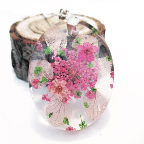 pendentif-lily-rose-resine fleurs bois cadeau bijou nature femme