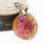 pendentif meline or doré rouge collier floral résine fleurs cadeau bijou femme nature