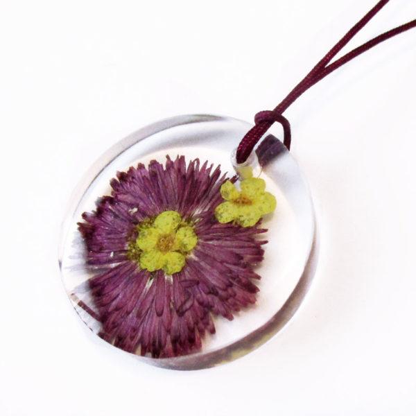 test fleur bijou fleurs nature paquerette marguerite résine inclusion