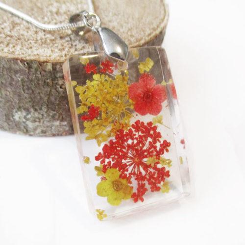 pendentif-yael-bijou femme fleurs collier floral résine fleurs nature