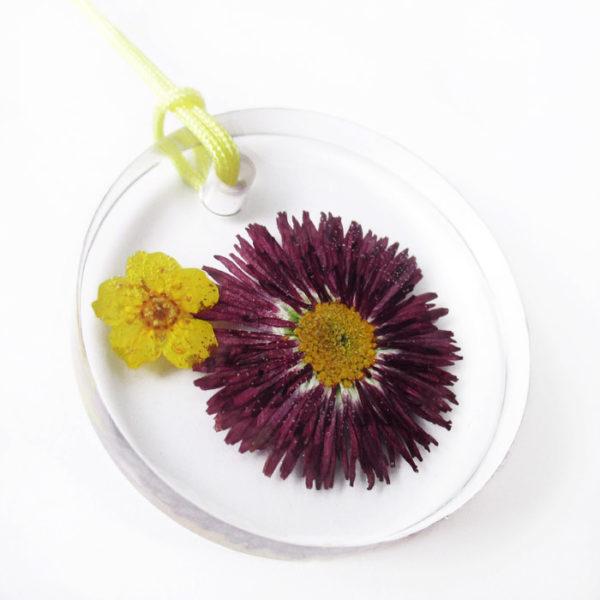 Pendentif fleurs naturelles paquerette - Lanaflore - Bijou sur mesure