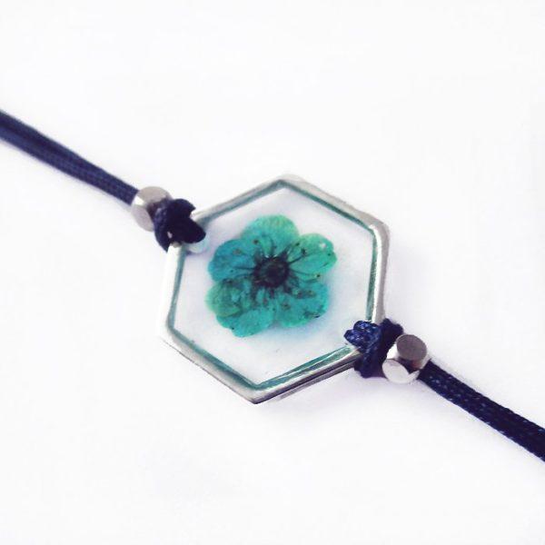 bracelet bleu inclusion resine fleur bijou