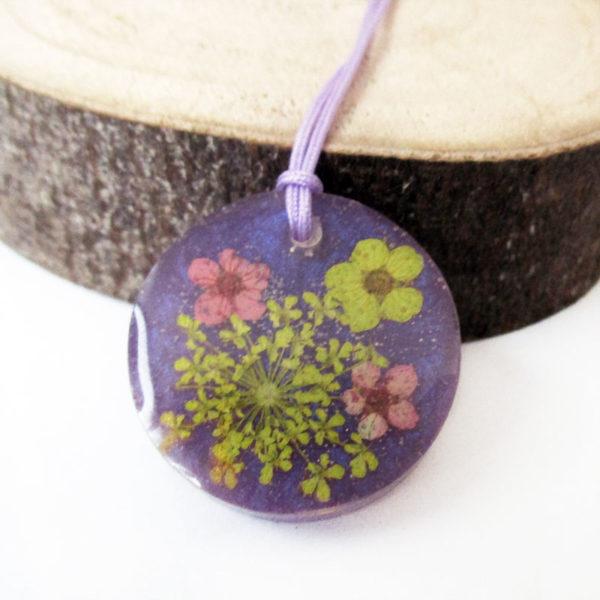pendentif coraline collier violet résine fleurs cadeau bijou femme nature