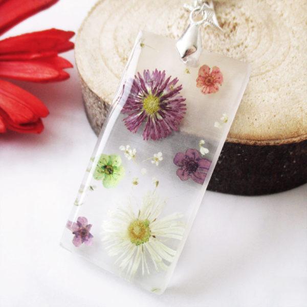 pendentif-fleurs colorées collier original bijou unique cadeau femme