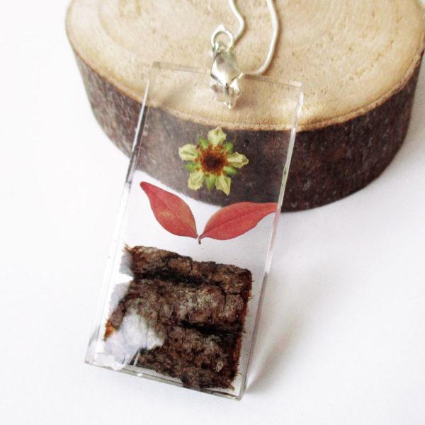 pendentif vanille en résine et fleurs séchées cadeau nature bijou femme
