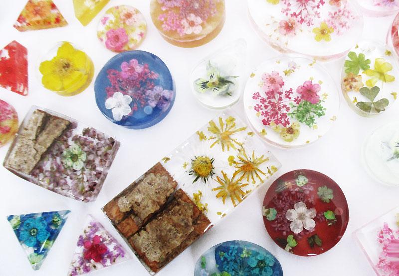 diy bijoux en résine idée cadeau bijou floral création fait main