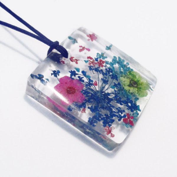 pendentif billie bijou résine et fleurs collier floral bijou femme cadeau nature