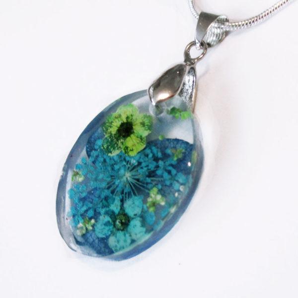 pendentif chiara bleu bijou résine et fleurs collier floral bijou femme cadeau nature