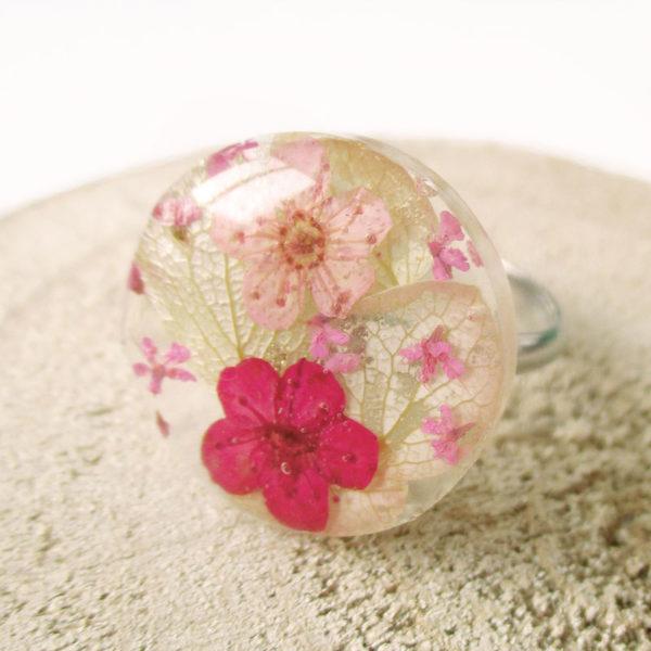 bague-bella-bijou-resine-fleur-personnalisable-bijou-floral-cadeau-nature-femme
