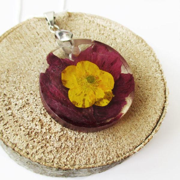 pendentif soline bijou fleur résine fleurs naturelles cadeau femme nature-bijou floral unique tendance végétal