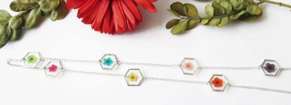 sautoir florella bijou fleur résine d'inclusion végétal fleurs naturelles cadeau femme nature bijou floral unique tendance