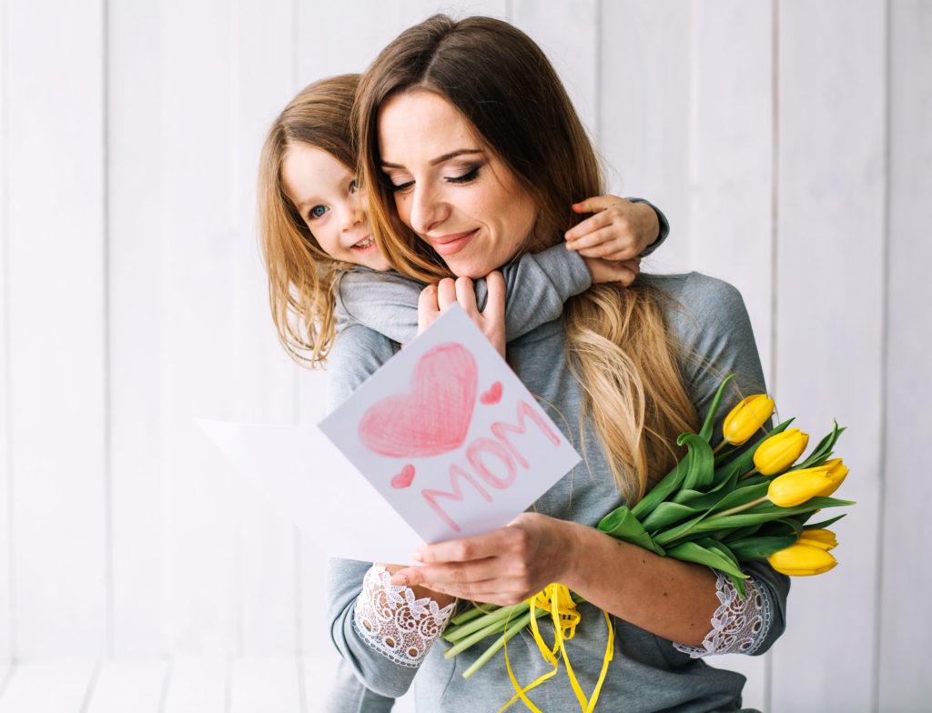un bijou unique pour la fête des mères-cadeau femme bijou résine fleurs nature