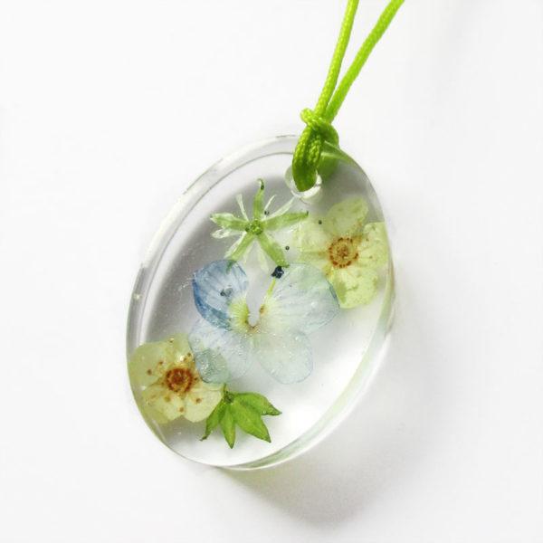 pendentif sylva résine fleurs collier feuilles original bijou floral nature unique cadeau femme myosotis