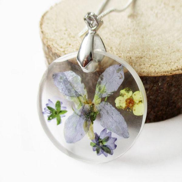 pendentif léonie bijou fleur violette résine fleurs naturelles cadeau femme floral bijoux nature unique tendance végétal argent 925 sterling