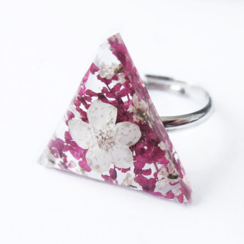 bague lily-may résine d'inclusion fleurs séchées bijoux nature rose végétal bague florale