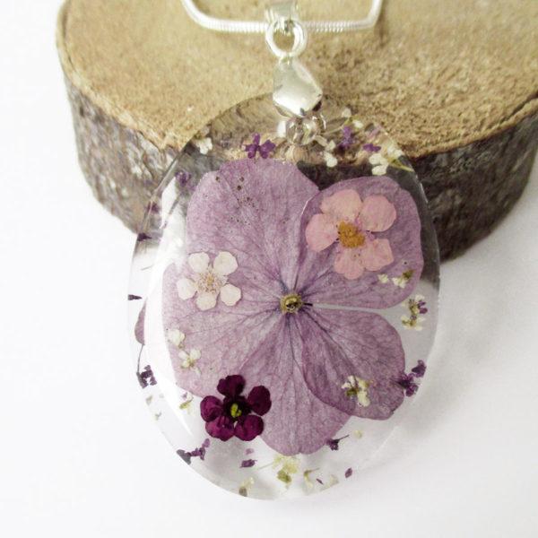 pendentif ainoha résine d'inclusion bijou nature lilas fleurs naturelles cadeau floral collier végétal bijou nature femme argent sterling 925