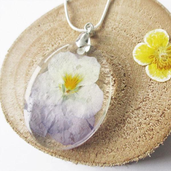 pendentif fleur de pensée résine d'inclusion bijou nature fleurs naturelles cadeau floral collier végétal bijou nature femme argent sterling 925