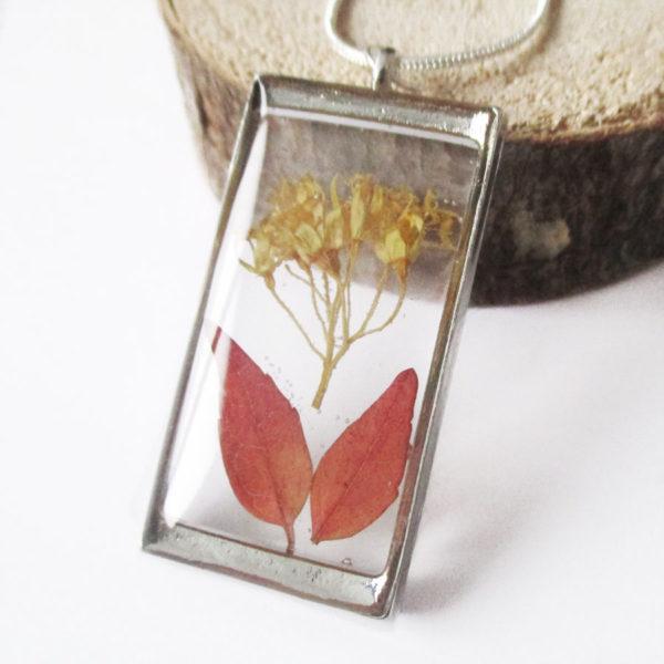 pendentif tanisha résine d'inclusion bijou nature lilas fleurs naturelles cadeau floral collier végétal bijou nature femme argent sterling 925