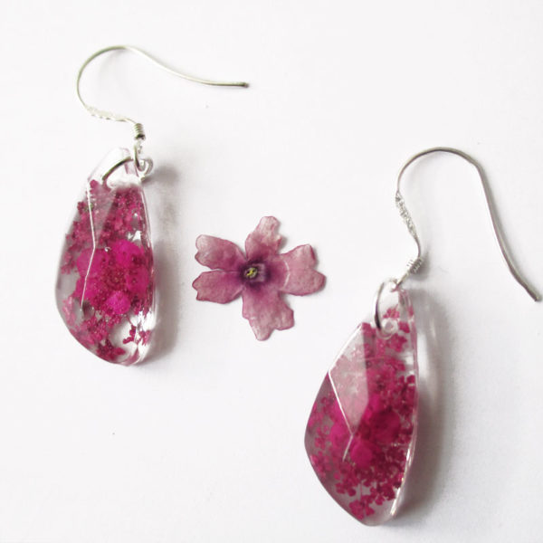 Boucles d'oreilles Gemme rose prune bijoux nature resine inclusion fleurs