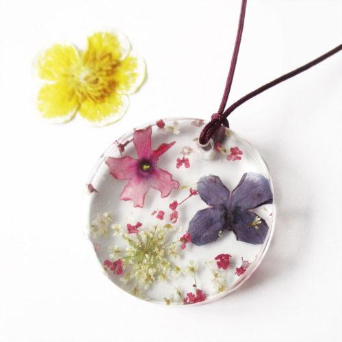 pendentif alba fleur lilas violet rose résine d'inclusion bijou nature fleurs naturelles cadeau floral collier végétal bijou nature femme argent sterling 925