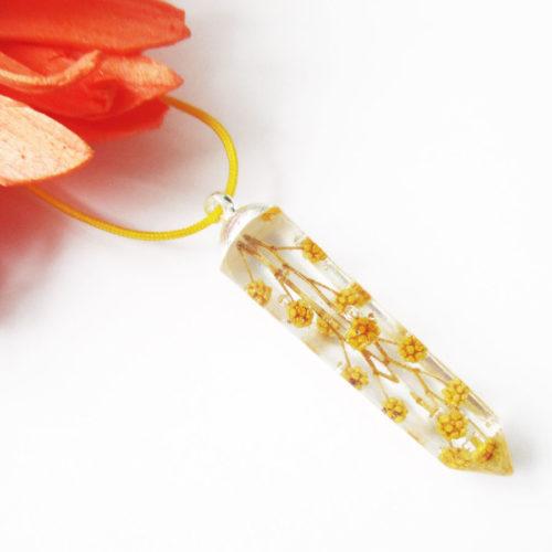 pendentif branche de mimosa jaune résine inclusion-fleurs-bijoux-nature