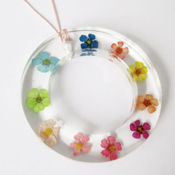 pendentif flower power fleurs multicolore candy rainbow collier végétal résine d'inclusion bijoux nature fleurs naturelles cadeau floral femme