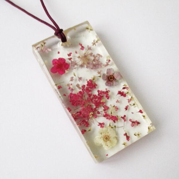 pendentif Justine fleur mauve et rose collier végétal résine d'inclusion bijoux nature fleurs naturelles cadeau floral femme argent sterling 925