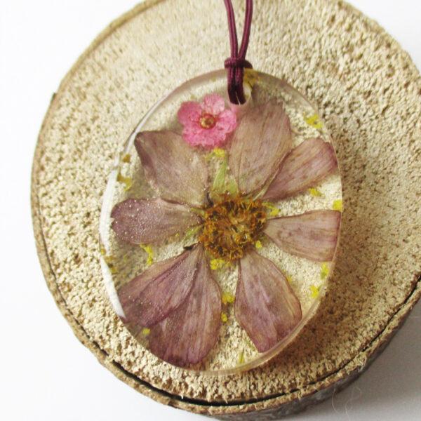 pendentif maiko fleur des champs collier végétal résine d'inclusion bijoux nature fleurs naturelles cadeau floral femme argent sterling 925