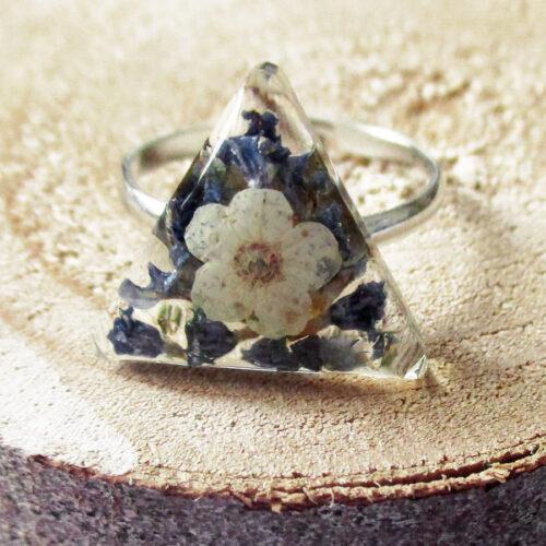 bague-lavande-bijou-resine-fleur-personnalisable-bijou-floral-cadeau-nature-femme