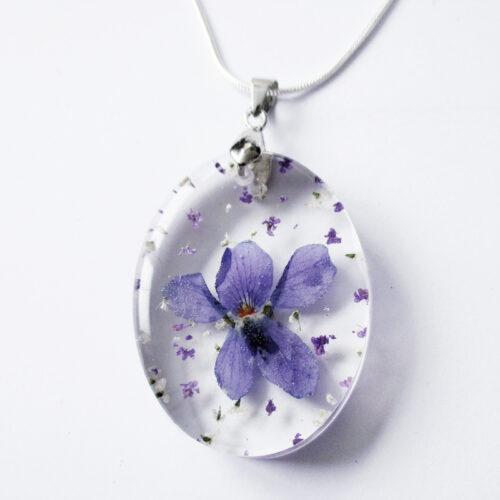 pendentif-violette-résine d'inclusion bijou nature fleurs naturelles cadeau floral collier végétal bijou nature femme argent sterling 925