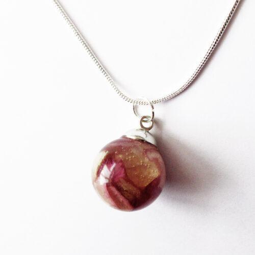 pendentif mini bulle de rose végétale collier pétale résine d'inclusion bijoux nature fleurs naturelles cadeau floral femme argent sterling 925